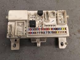 volvo v50 fuse box volvo fuse box replacement fuse boxes huddersfield volvo breakers c30 s40 v50 c70 cem unit fuse
