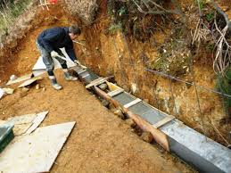 image of poured concrete retaining wall