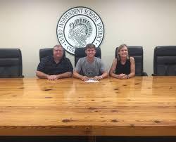 Cuero's Payne commits to Temple College | Advosports | victoriaadvocate.com