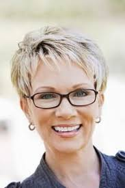 hairstyles for women above 50 with fine hair and gles textured pixie