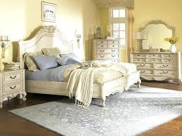 Vintage looks furniture Rustic Vintage Look Bedroom Furniture Antique Womans Day Vintage Look Bedroom Furniture Vintage Look Furniture Fashion