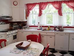 7 inspirational themes for red kitchen curtains