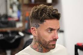 men s hairstyle for curly hair