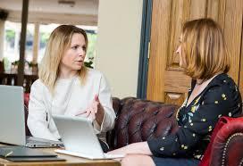 Robo Advisor Vs Personal Financial Advisor How To Decide