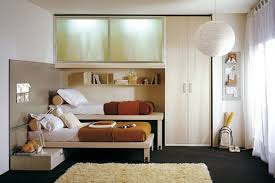 Twin Simple Small Bedroom Design