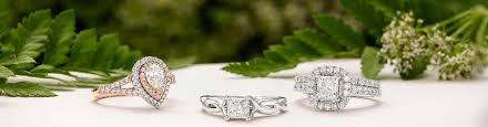 wedding enement rings and wedding rings that dazzle