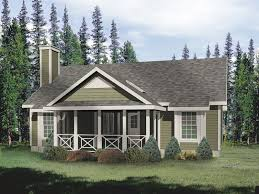 cabin style ranch house with great details on front screened porch
