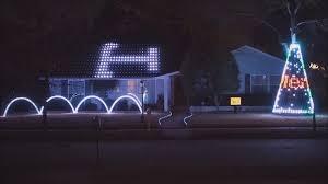 Aggie War Hymn Christmas Lights Dallas Home Light Show Set To Familiar Aggie Song