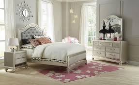 Lil' Posh 6-Piece Full Bedroom Set - Platinum | Levin Furniture ...