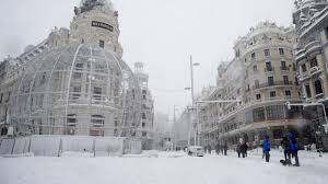 spain paralysed by snowstorm sends out