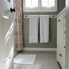 tile that looks like wood in bathroom. Delighful That Porcelain Tiles Look Like Wood Throughout Tile That Looks In Bathroom O