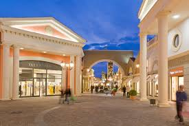 Body Shop Designer Outlet York Ultra Luxury At Almost Affordable Prices Along With Mid