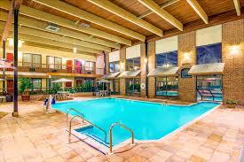 wyndham garden york hotel amenities