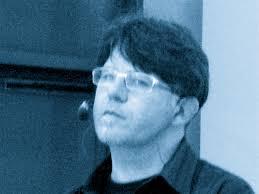 Valerio Corzani, conduttore, insieme a Felice Liperi, di Alza il volume - dscn1570_1