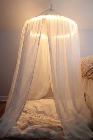Diy Curtains With Lights 10 Diy Canopy Beds Bedroom And Canopy Decorating Ideas