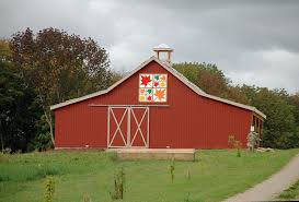 daily yarns 'n more: Barn Quilt & Barn quilt Adamdwight.com