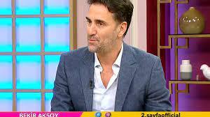 Ünlü oyuncu Bekir Aksoy'dan Mehmet Ali Erbil&Ece Ronay yorumu: Özür  dilemeli ve konu kapanmalı