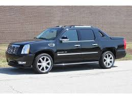 Find used 2011 Cadillac Escalade EXT Luxury Automatic 4-Door Truck ...