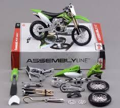 maisto assembly line kawasaki kx 450f dirt bike 1 12 scale die