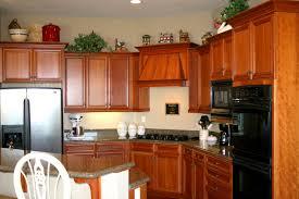 Design Kitchen Cabinet Layout Amazing Kitchen Cabinet Layout With Wooden Accent Amaza Design