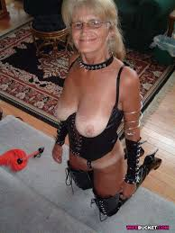 Xpics Me Housewife Sex Naked Amateur Wives And Milfs
