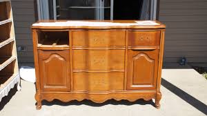 Painting Old Bedroom Furniture Diy Paint Old Furniture To Make It Look New Anthony P Rosso Re