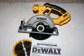 dewalt circular saw. picture 1 of 7 dewalt circular saw