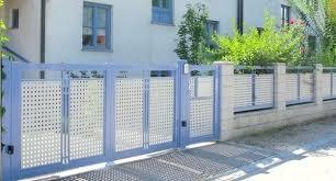Modern metal fence design Contemporary Pool Modern Fence Design Aluminum Fencing Ideas Decorative Garden Fence Panels Modern Fence Ideas Modern Fence Design Webstechadswebsite Modern Fence Design Modern Fences Design Modern Metal Fence Design