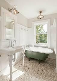 tiling a small bathroom floor pattern