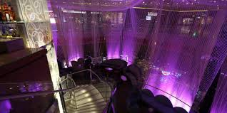 the chandelier bar at the cosmopolitan hotel in las vegas review
