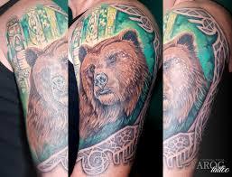 тату медведь трайбл