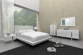 Modern White King Bedroom Set With Bed Nightstands Dresser & Mirror