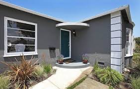 dunn edwards exterior paint colorsPoint View Property  Contemporary  Entry  Los Angeles  by The