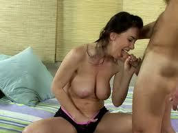 Brunette milf pussy blowjob videos