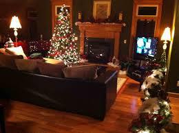 Living Room Decorating For Christmas Christmas Living Room Natural Green And White Christmas Fireplace