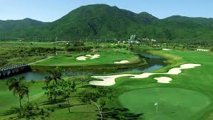 Graham Marsh Golf Design Top 10 Golf Clubs In Hainan Whats On Sanya