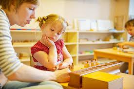 5 популярных методик <b>раннего развития</b> детей: плюсы и минусы