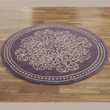 round throw rug with flower shaped print idea