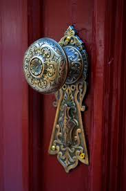 Pin by Dulce Edrress-Lora on All about DOORS, WINDOWS, KNOBS & GATES ...