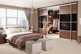 Bedroom Walk In Closet Designs