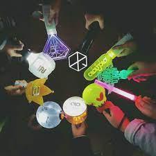 ITZY lightstick reax remind us of 5 other strange lightsticks | Kpop,  Instagram posts, Fandom kpop