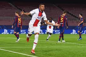 Sem Neymar, PSG goleia o Barcelona com show de Mbappé no Camp Nou
