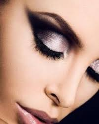makeup tips beauty cat eye eyes eyeshadow silver