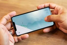 Are The And Xs Winning A Updates Review Iphone Solid Max To waHqnUXE
