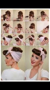 Retro Hairstyle Práce účesy Retro účesy A Nápady Na účesy