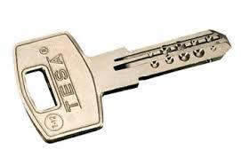 Tipos de llaves y cerraduras - Una Casa Diferente lave, copia, seguridad, serreta, doble, hilo, candado, fac, lince, arregui, candado, buzon