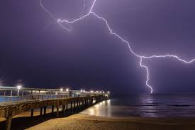 pictures of lighting. lightning over boscombe pier pictures of lighting i