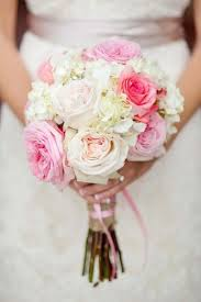 lovely pink bouquets for weddings trend to wear