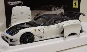 Huge thanks to betovi & co for sending this one to me to feature in som. Elite Ferrari 599xx 599 Xx Evo White 1 18 Diecast Model Car By Hotwheels Bcj92 1900310269