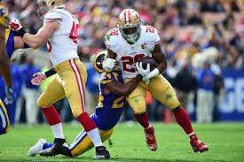 Carlos Hyde suffers apparent leg injury ...